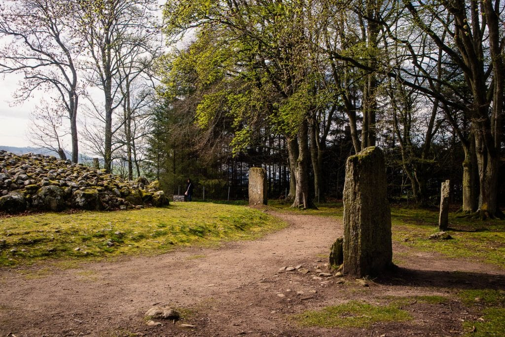 Standing stones and tombs at Clava Cairns