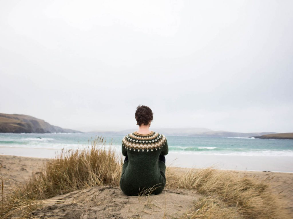 Heading to the Shetland Islands off season? My quick guide will give you an idea of what to see & do, where to stay and what makes the islands so special!