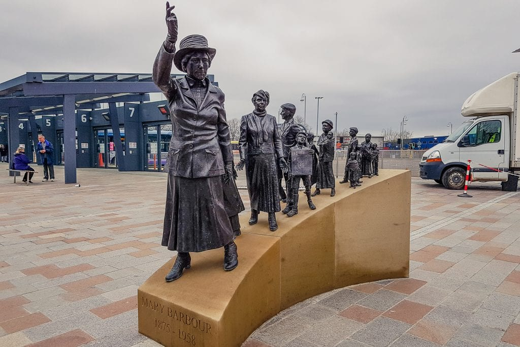 Mary Barbour Statue in Glasgow