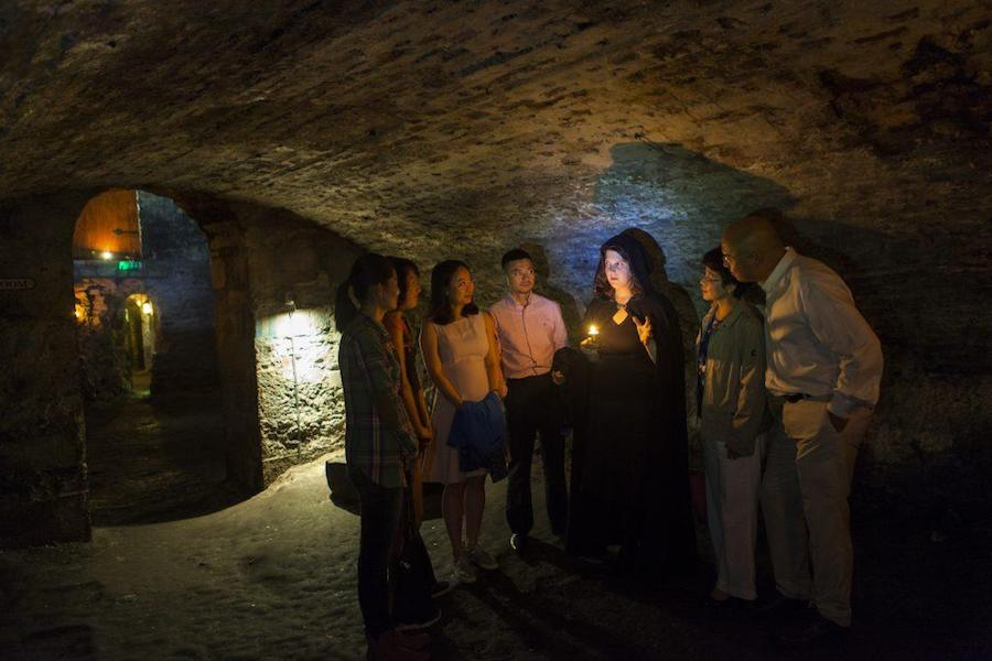 Mercat ghost tour in Edinburgh